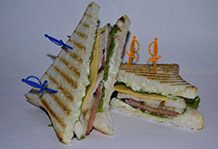 chickenfood__club_sandwich